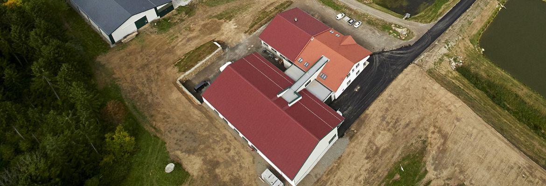Inbetriebnahme der neuen Verarbeitungsanlage für Geflügel und Fisch am Waldlandhof